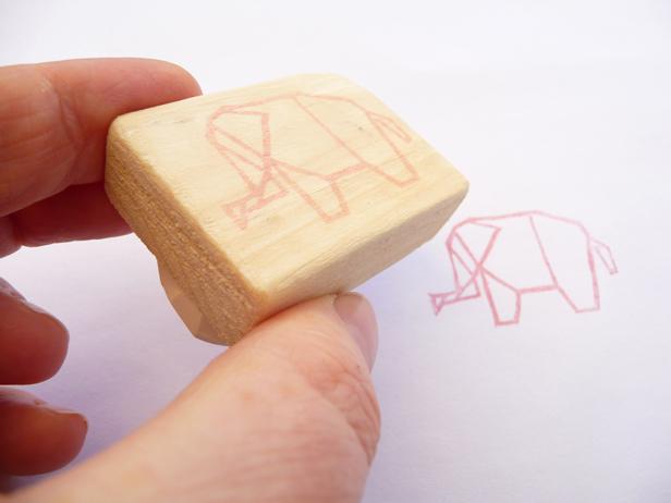 Kraftille - Tampon origami éléphant