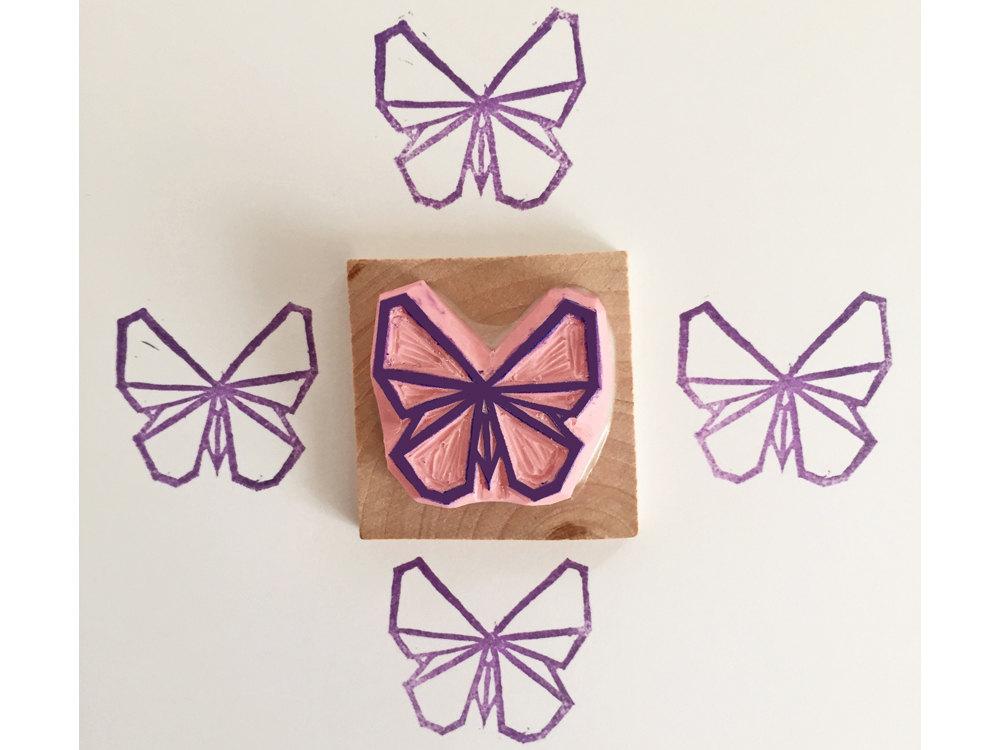 Tampon gravé à la main par Kraftille. Papillon origami